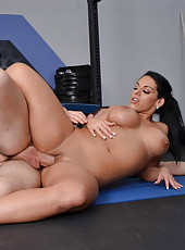 Magnificent babe Bella Reese showing delicious ass and enjoying a big cock