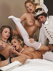Hot foursome with Jenna Presley, Juelz Ventura, Krissy Lynn and Nicole Aniston