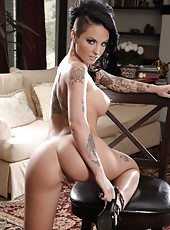 Pretty lady Christy Mack takes off her lingerie and shows a sweet pussy