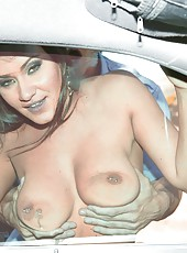 Gorgeous whore Charley Chase gives an incredible blowjob in the car