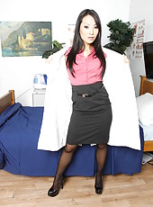 Great Asian doctor Asa Akira takes off her uniform and poses naked in sexy stockings