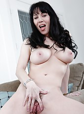 Swanky chick RayVeness loves posing naked and fingering trimmed snatch