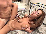 Hot body amateur girl makes a homemade sex video