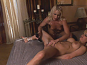 Slim blondes Britney & Kathia in lesbian pissing action
