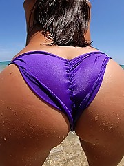 Check out hot columbian babe get fucked hard on the beach in these hot amateur latina pics