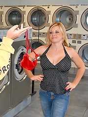 Hot big tits round ass milf gets picked up at the laundry mat in these amazing pics for some hot pussy penetration and cumshot pics