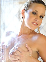 Lia 19 has fun in the shower