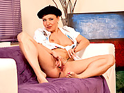 Cougar Karen Wood dips her paint brushes in her mature pussy juice