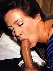 Sexy seventies lady loves two dicks at once