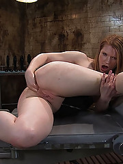 Anal Auditions: Madison Fists her own ass to get on the site!