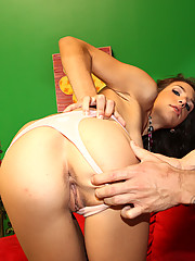 Krystal Benz gets fucked after a photoshoot with her photographer!