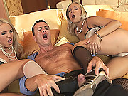 Britney Spears lookalike & Candy in threesome footjob!