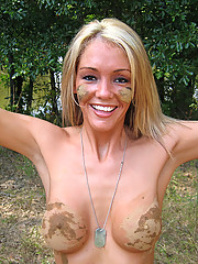 Foxy Jacky naked outdoor