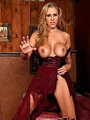 Julia Ann hunts for big cock and gets what she wants
