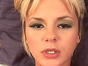 Bree Olson makes herself cum
