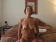 Busty mature babe makes a homemade sex tape