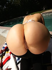 Amazing hot ass bikin babe share a  hard cock at the pool in this hot double cumfaced fucking action 3some