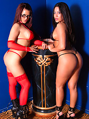 """Eva Angelina Poses With Jenaveve Jolie Before They Touch Each Other In This Photo Set"""