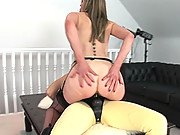 Lady sonia strap on fucks holly