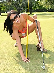 Cierra gets a hole in one