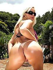 Beautiful hot fucking brazilian babe gets her amazing ass fucked at the pool in these hot wet pics