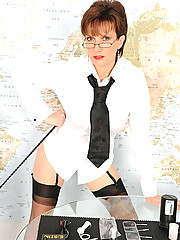Leg mistress in nylons and heels