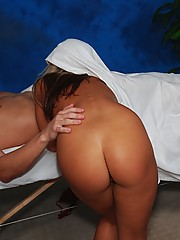 Hot 18 year old blonde gives a sexy massage!