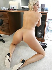 Big Ass Housewife