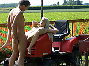 Horny old dude shagging a much younger cutie