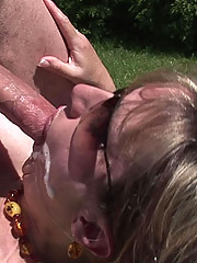 Mature lady sonia outdoors fucking