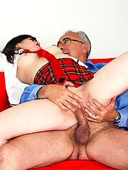 Horny old british gentleman fucks street slut