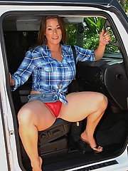 Check out this milf hunter at the park pick up a horny mini skirt babe then bang her hot box back at the pad  hot fuck pics