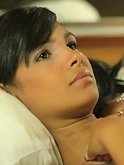 Karla Spice invites you in bed to catch on some sweet dreams