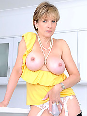 Awesome mature tits and nipples