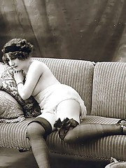 Vintage chicks in garters posing in twenties