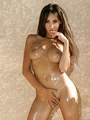 Katsuni poses solo and soaks rays in the nude