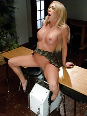Making porn history -Amy Brooke TRIPLE fucked by POWERTOOLS - two cocks in her ass, one cock in her pussy, top MACHINE speed until she shoots squirt!