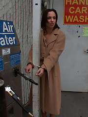 Jada Stevens gets her perfect ass fucked in a gas station