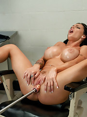 EIGHT Squirting Orgasms in a Row, sprays her own cum on her OWN face. The HOTTEST BABE in the industry plowed to dick drunk by machines.