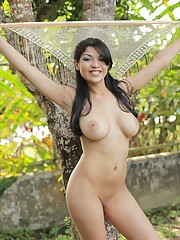 Natalia Spice is one hot sexy natural beauty and she proves it