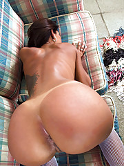 Sexy ass amateur poses for pics then pounded in her tight brazilian pussy hot lingerie fuck pics