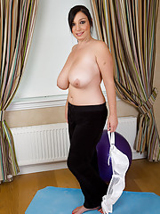 Busty and mature Michelle B gets intimate with her pilates ball