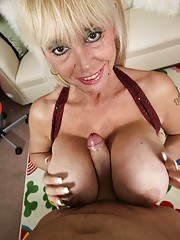 Shelly The Burbank Bobmber Granny Handjob