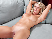 Cougar Jena Jackson pumps her slippery fuck box with a dildo