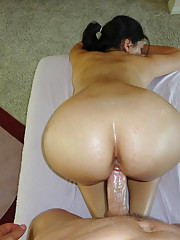 Horny slut gets more than a regular massage
