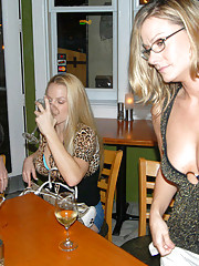 These 3 hot milfs are munchin some hot rug here in these pics