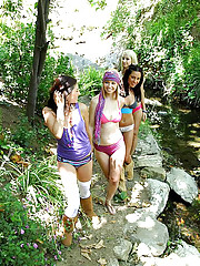 4 super hot booty shorts teen lesbians fuck in the nature center park hot outdoor public fucking pics