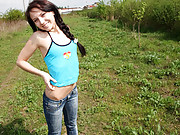 An outdoor chick loves masturbating publicly