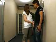 Japanese AV Model undresses man´s jeans and gives him blowjob