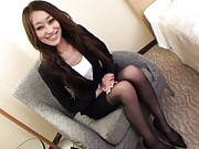 Yuu Kanda Asian in sexy office outfit spreads legs to get job